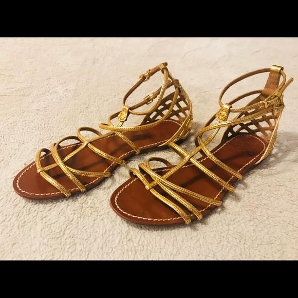 205a0f76e TORY BURCH Brooke Gold Gladiator Sandals. M 5acd8038c9fcdff6c93b7244